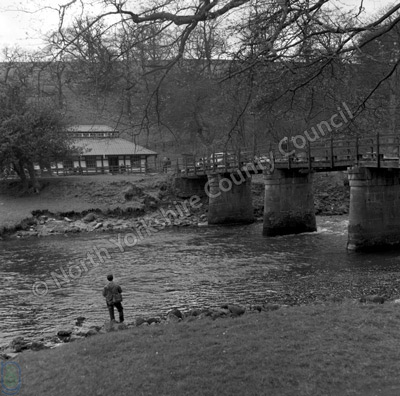 Cavendish Pavilion and Bridge, River Wharfe, Bolton Abbey